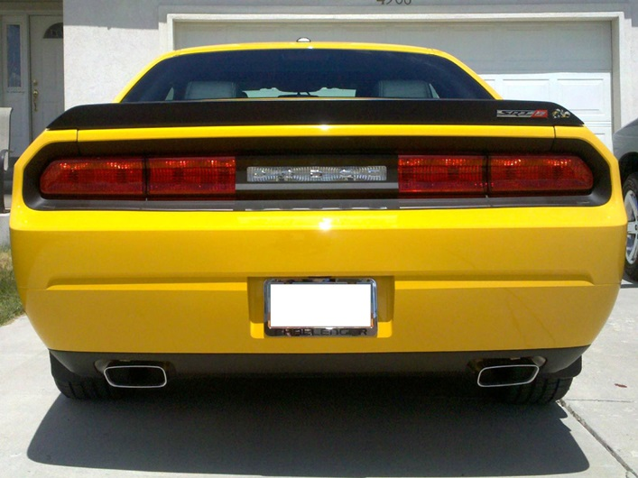 Dodge-Challenger-Taillight-Blackout-Decal