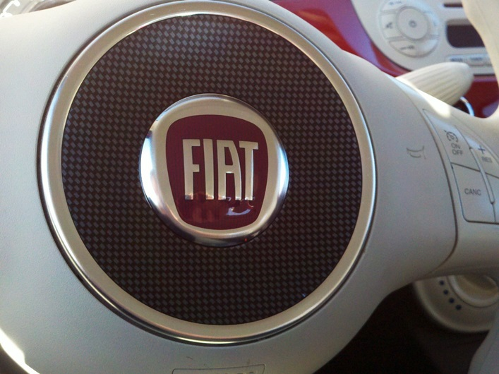 Fiat-500-Steering-Wheel-Decal